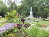 Lincoln.Park_.statue.beds_