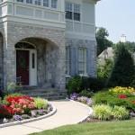 "8 Landscaping Ideas Worth ""Borrowing"""