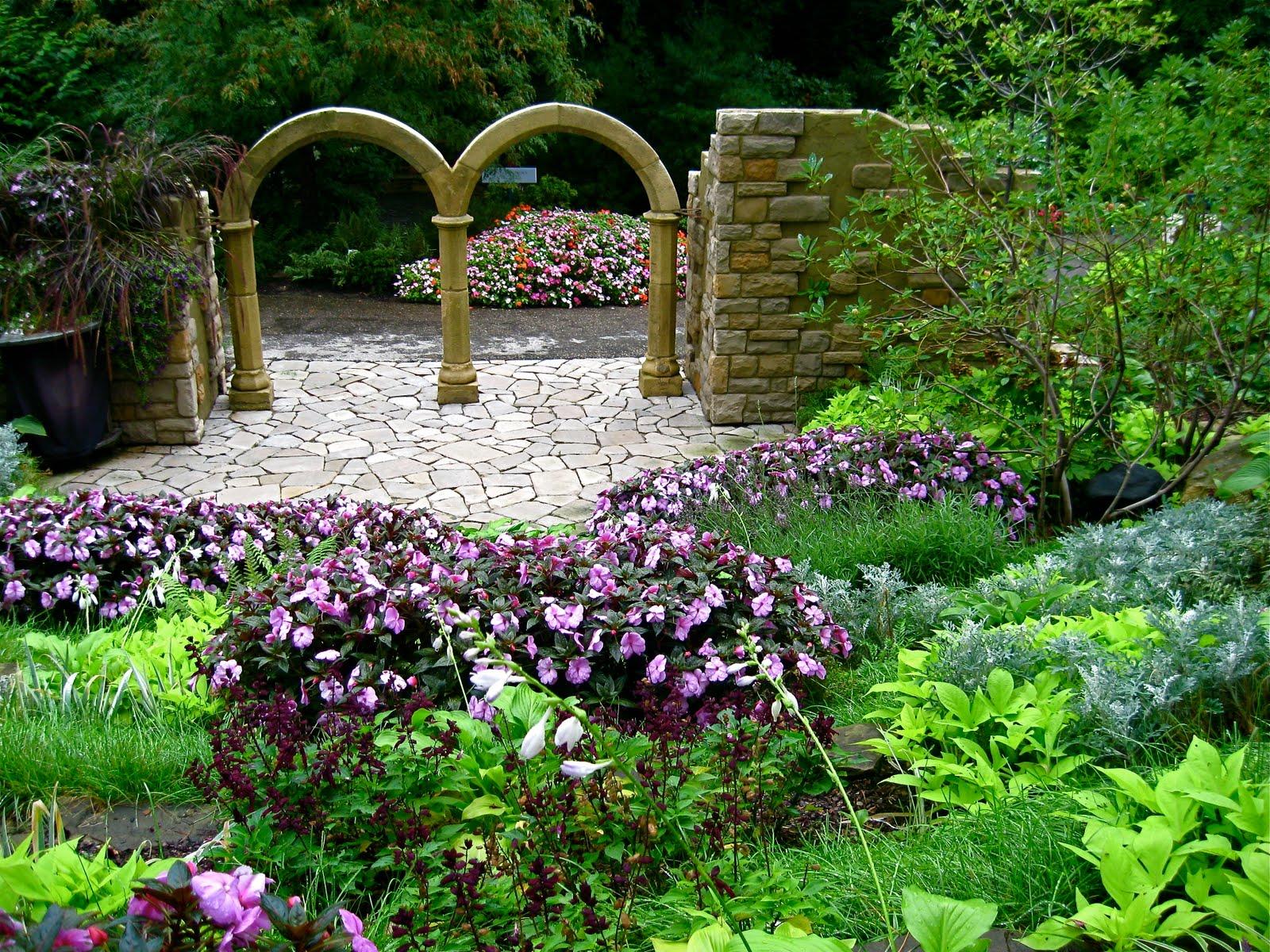Cleveland botanical gardens hours u s central garden for Botanical gardens hours