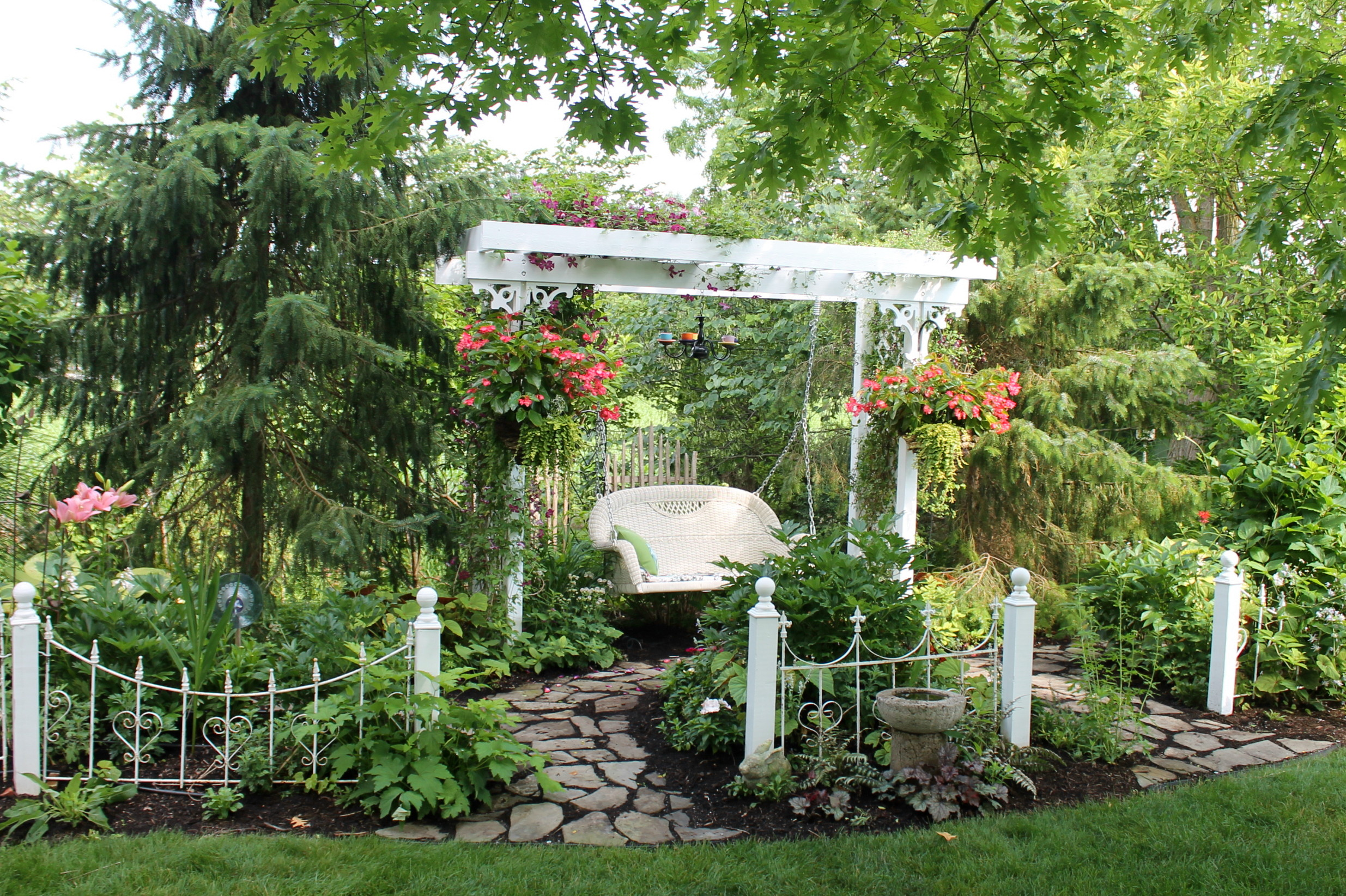The Engles Backyard Swing